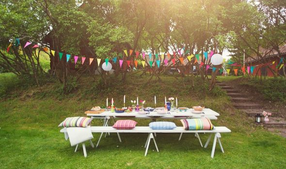 Hosting a perfect garden party after lockdown